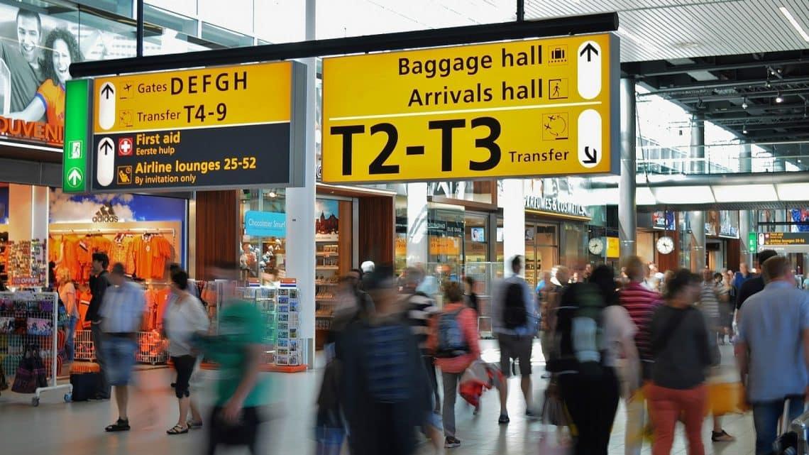 À quel niveau doit-on assurer la sécurité dans les aéroports?